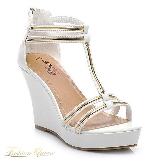 Módne bielo zlaté sandále ideálne na teplé letné dni. Vnútorná dĺžka   veľkosť 35  22.5cm  36 23cm  37 23.5cm  38 24.5cm  39 25cm  40 25.5cm  41   26cm b9160a02bc3