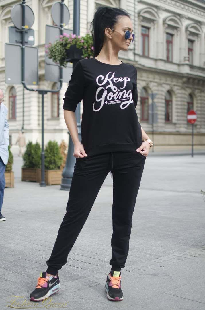 Fashion Queen - Dámske oblečenie a móda - Tepláková súprava s potlačou 48f3b565a59