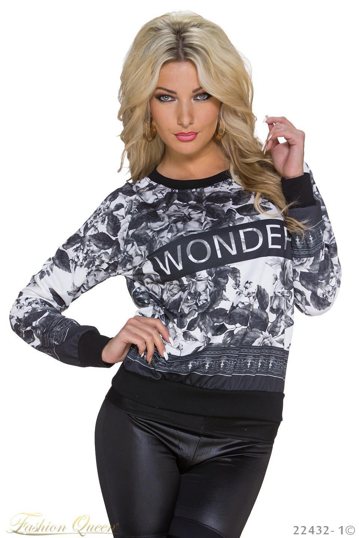 Fashion Queen - Dámske oblečenie a móda - Kvetovaná mikina 1de15c6d29a