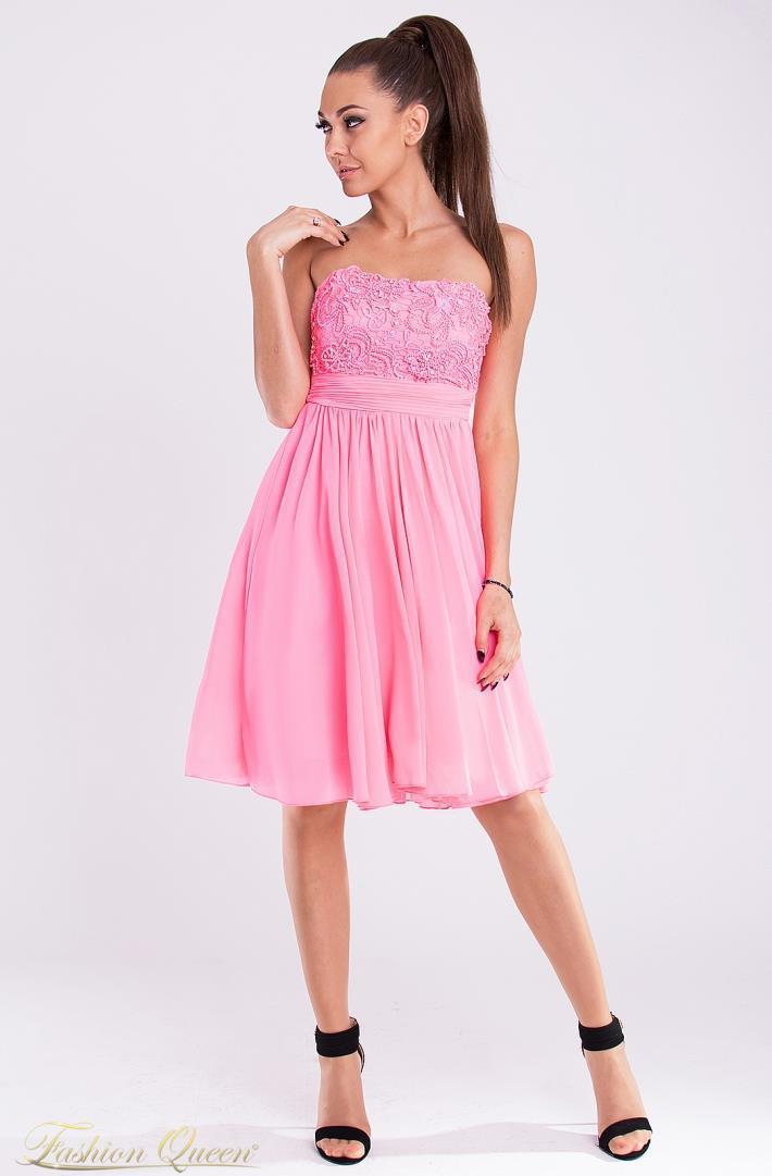 70a5a6d38151 Krátke spoločenské šaty