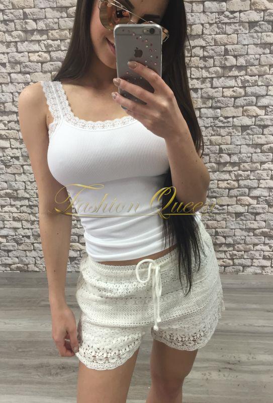0f7e99348628 Fashion Queen - Dámske oblečenie a móda - Biele čipkované šortky