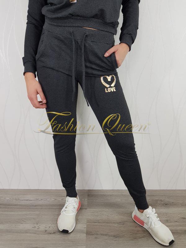 """Fashion Queen - Dámske oblečenie a móda - Tepláková súprava """"LOVE"""" 1af519394ce"""