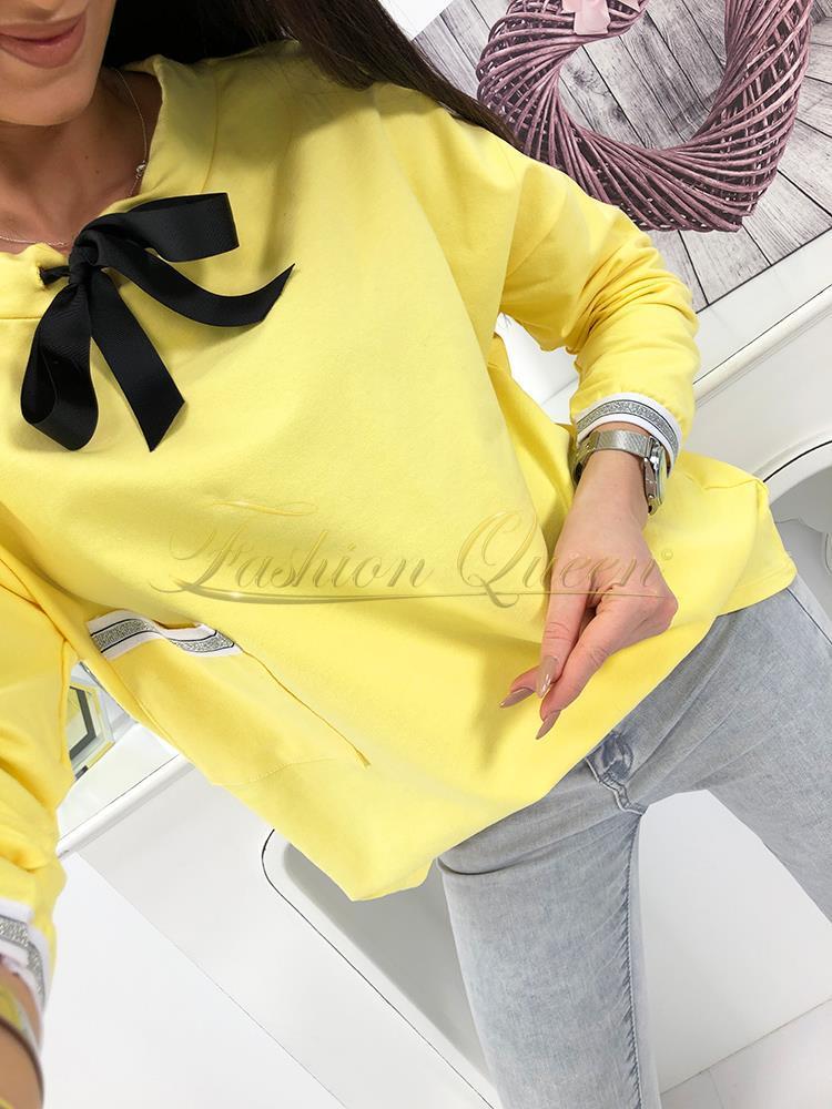 51c286a3a39c Fashion Queen - Dámske oblečenie a móda - Tričko s mašľou